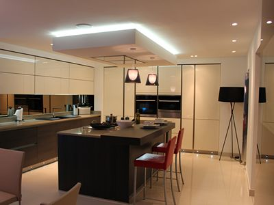 Kitchen Cabinet Lighthening